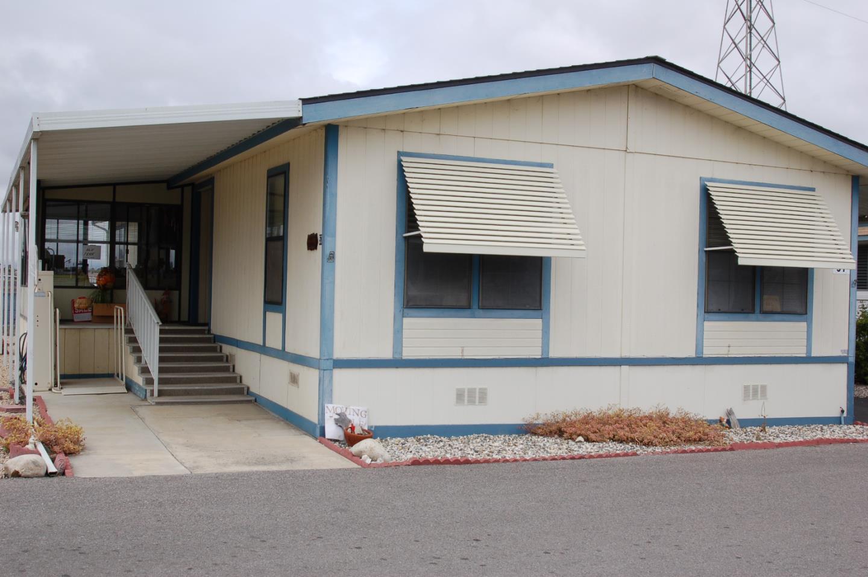 Einfamilienhaus für Verkauf beim 150 Kern Street Salinas, Kalifornien 93905 Vereinigte Staaten