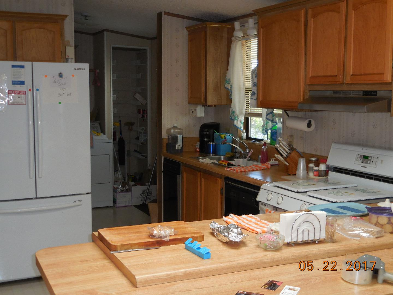 Additional photo for property listing at 150 Kern Street  Salinas, Kalifornien 93905 Vereinigte Staaten