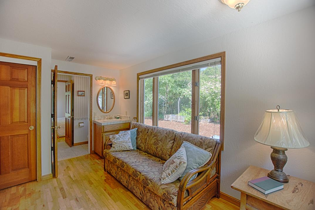 Additional photo for property listing at 547 Browns Valley Road  Corralitos, California 95076 United States