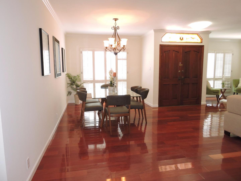 Additional photo for property listing at 764 Cottonwood Avenue  South San Francisco, Калифорния 94080 Соединенные Штаты