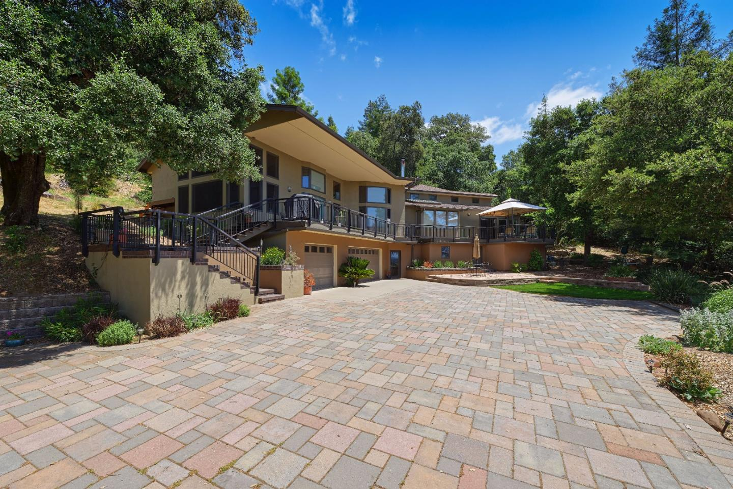 Additional photo for property listing at 17333 Old Ranch Road  Los Gatos, Kalifornien 95033 Vereinigte Staaten