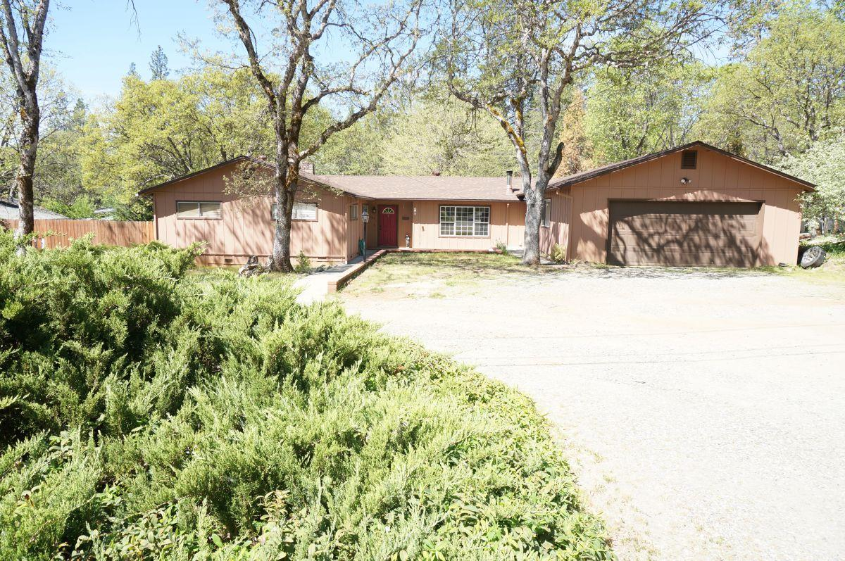 Single Family Home for Sale at 147 Placer Street 147 Placer Street Weaverville, California 96093 United States