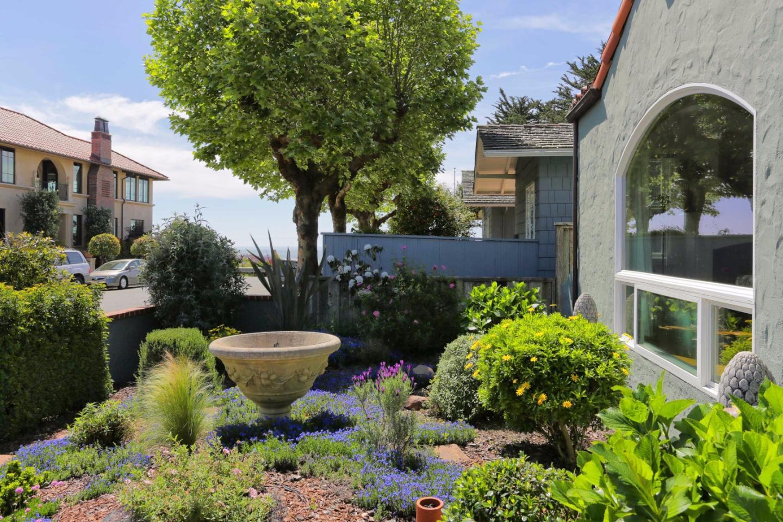 Casa Multifamiliar por un Venta en 113 4th Avenue 113 4th Avenue Santa Cruz, California 95062 Estados Unidos