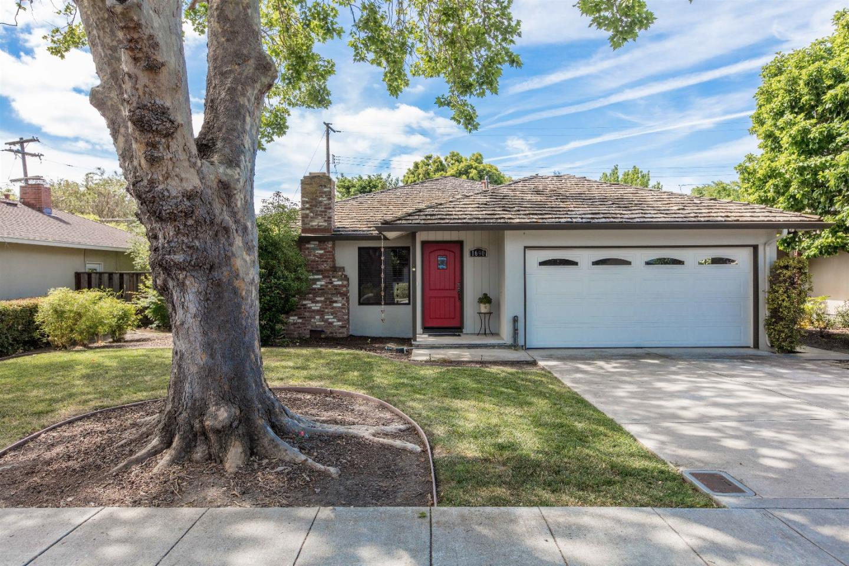 1690 Channing Avenue, PALO ALTO, CA 94303