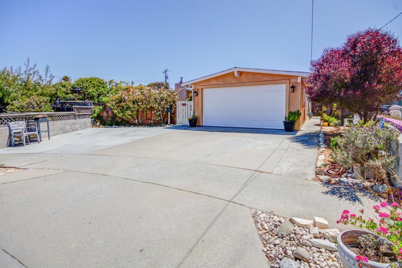 3285 Begonia Circle, MARINA, CA 93933