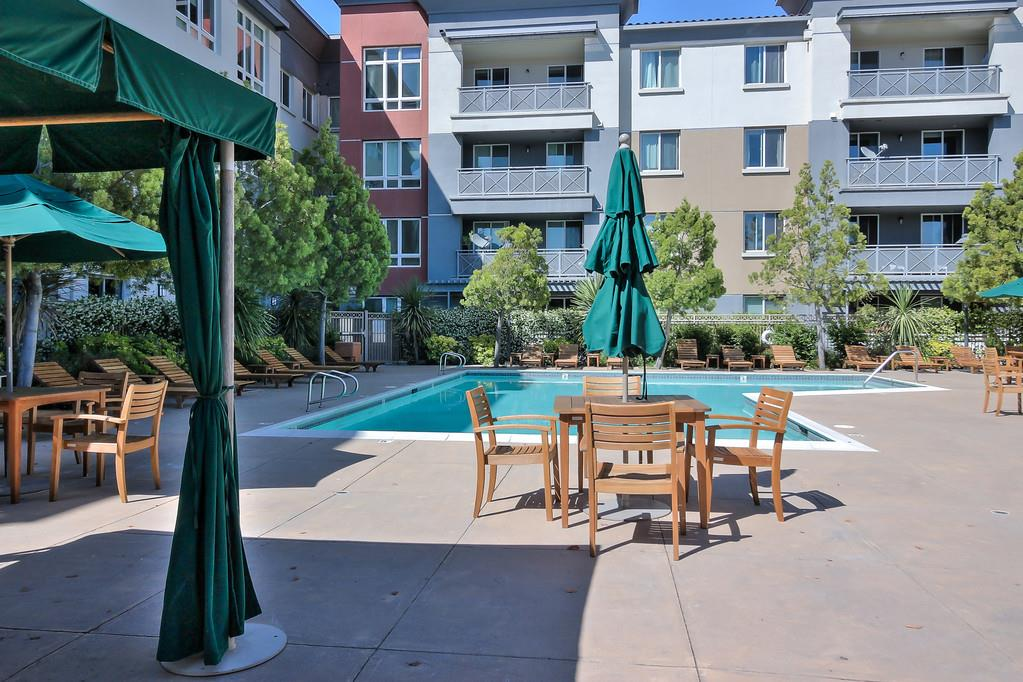 Additional photo for property listing at 1101 S Main Street  Milpitas, Californie 95035 États-Unis