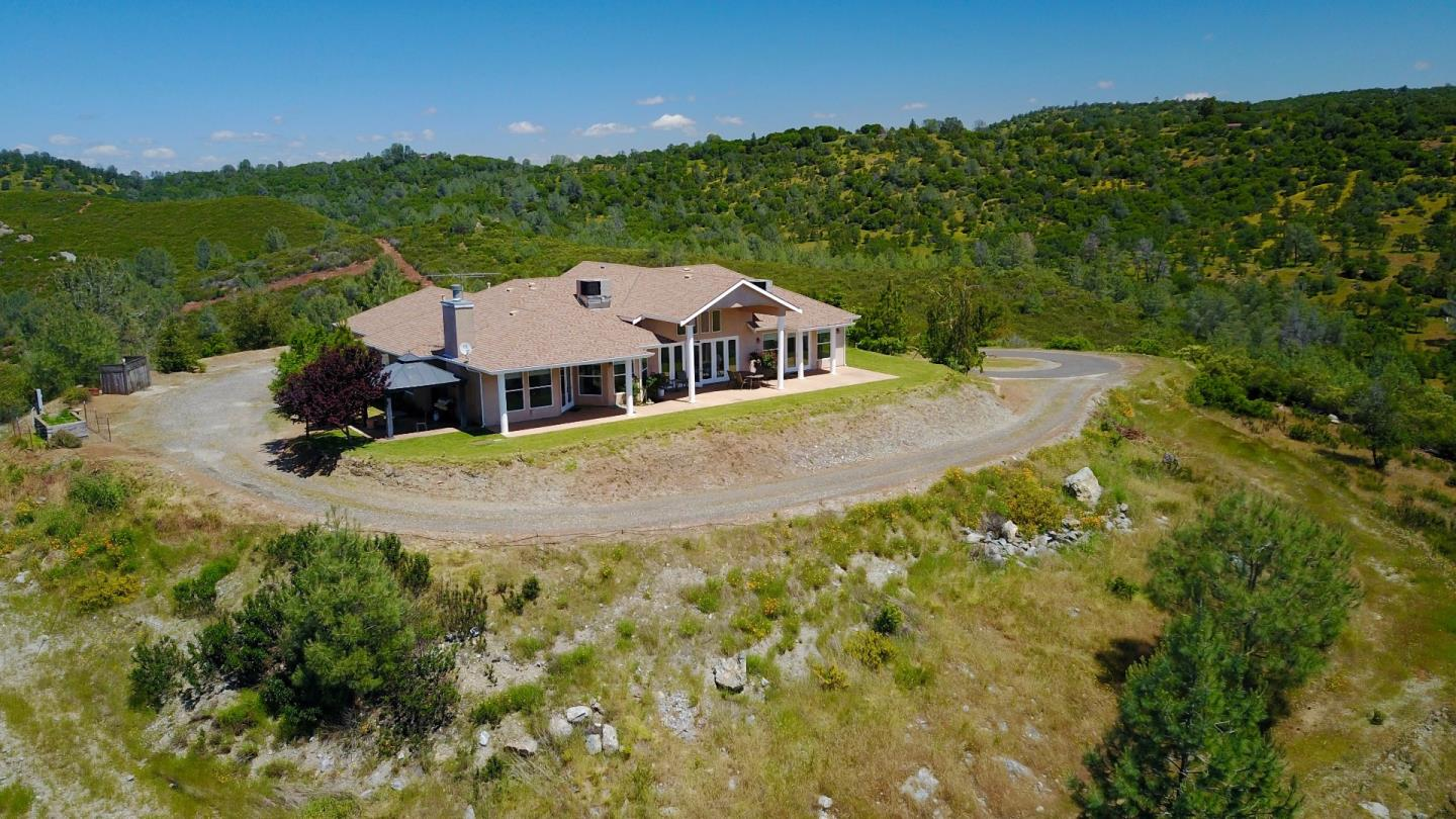 Single Family Home for Sale at 201 Bonanza Mine Way 201 Bonanza Mine Way Angels Camp, California 95222 United States
