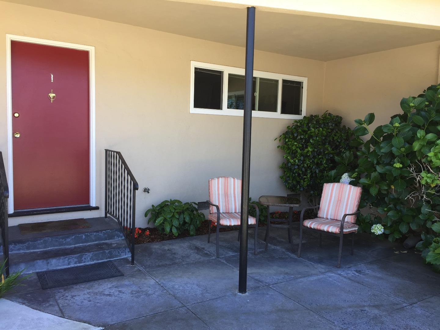 Additional photo for property listing at 911 38th Avenue  Santa Cruz, California 95062 United States