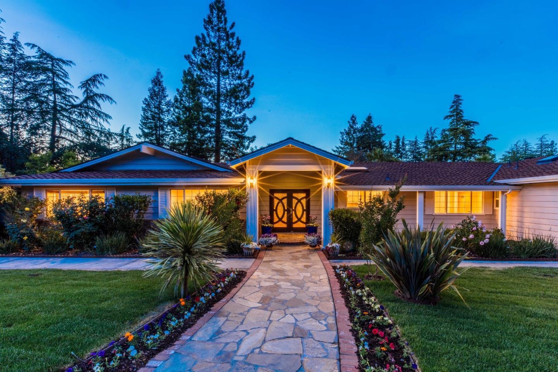 一戸建て のために 売買 アット 19689 Douglass Lane Saratoga, カリフォルニア 95070 アメリカ合衆国