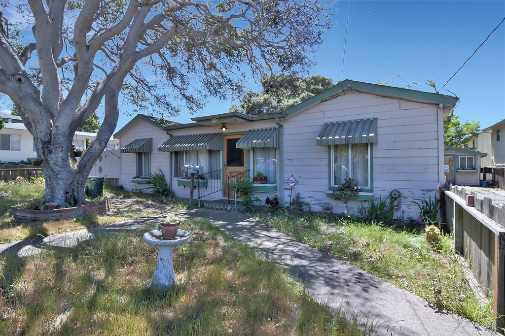 二世帯住宅 のために 売買 アット 448 Ramona Avenue 448 Ramona Avenue Monterey, カリフォルニア 93940 アメリカ合衆国