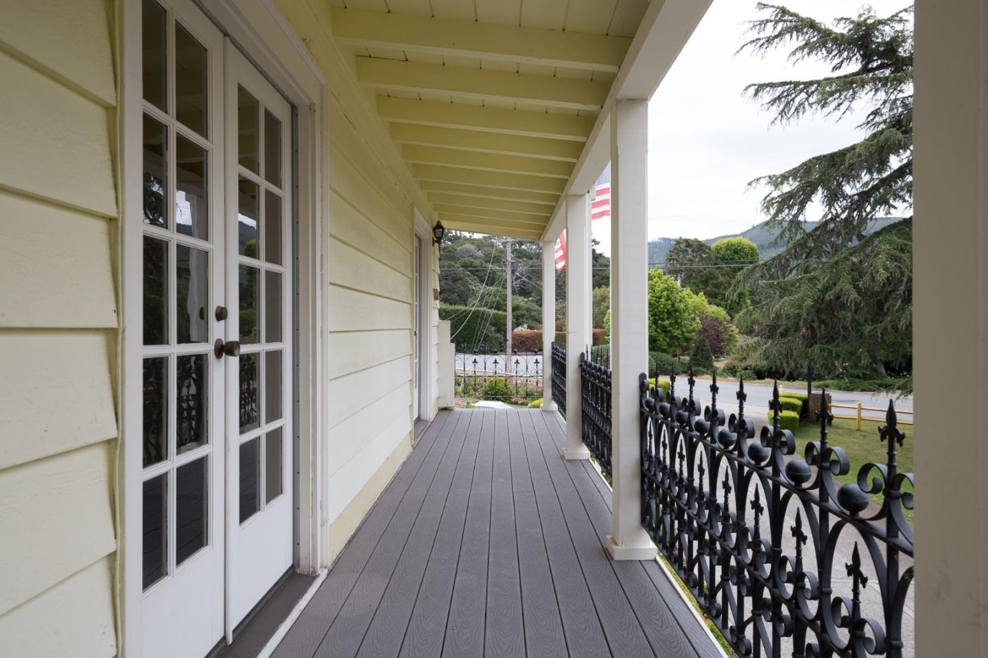 Additional photo for property listing at 6445 Brookdale Drive  Carmel, California 93923 United States