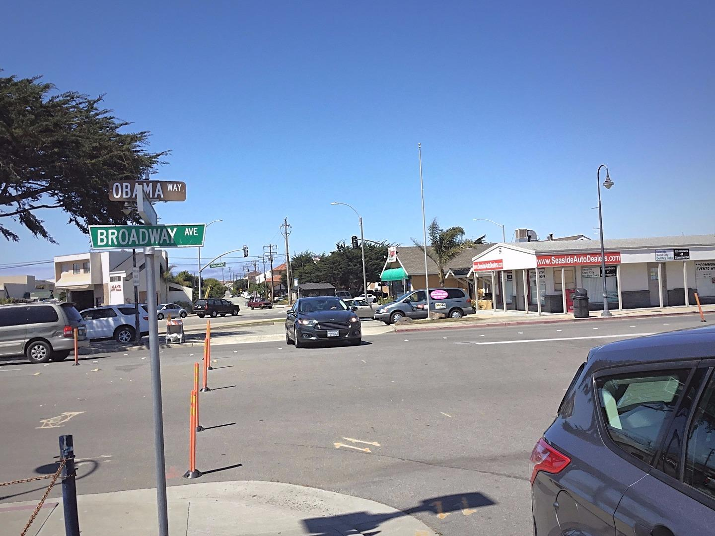 Additional photo for property listing at 1567 Contra Costa Street  Seaside, California 93955 United States