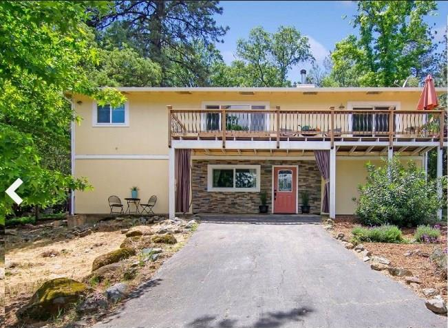 Single Family Home for Sale at 12818 Roadrunner Drive Penn Valley, California 95946 United States