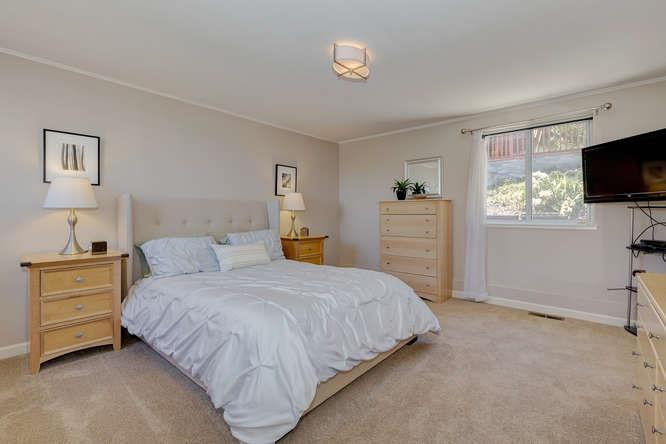 Additional photo for property listing at 181 El Bonito Way  Millbrae, 加利福尼亞州 94030 美國