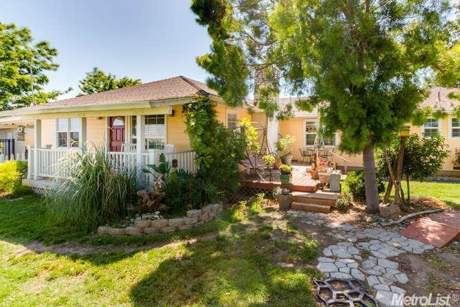 Single Family Home for Sale at 34944 Highway 33 Tracy, California 95304 United States