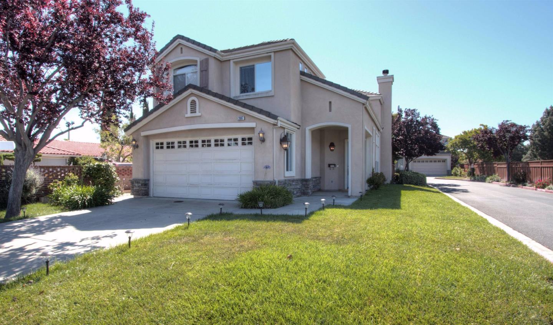 2087 Hoover Drive, SANTA CLARA, CA 95051
