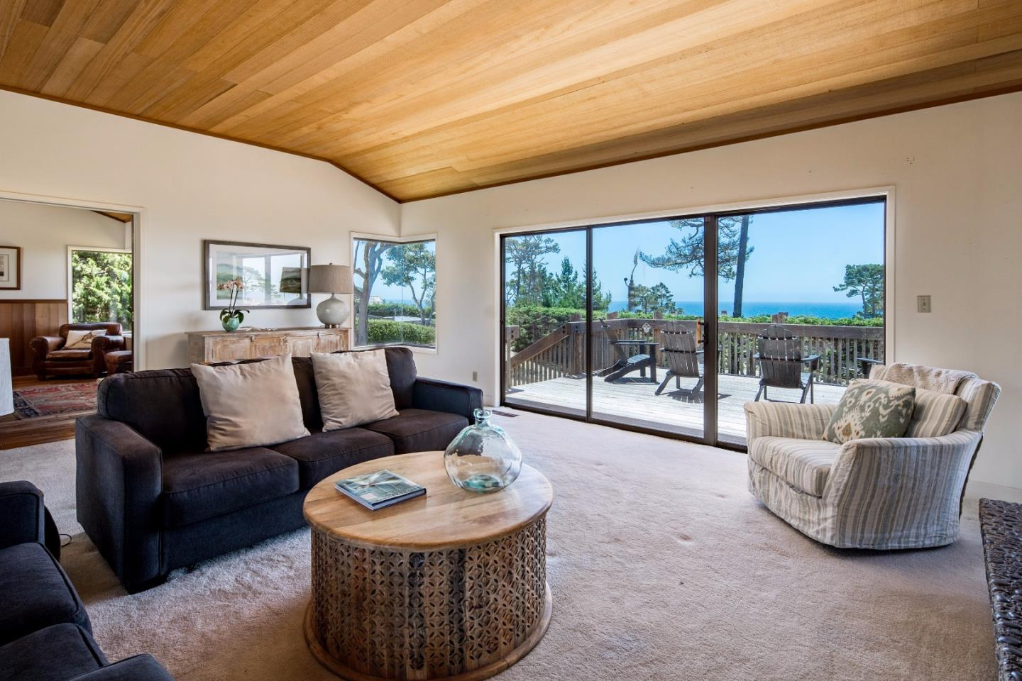 Additional photo for property listing at 3382 Laureles Lane  Pebble Beach, California 93953 United States