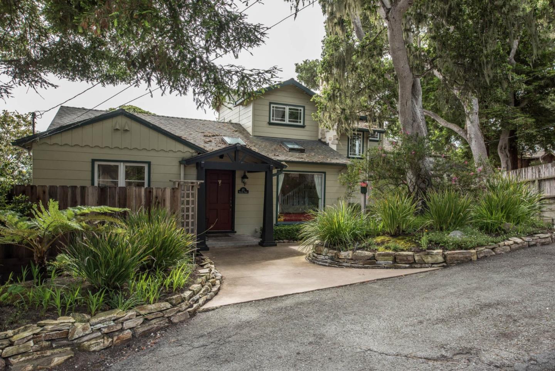 211 Chestnut Street, PACIFIC GROVE, CA 93950