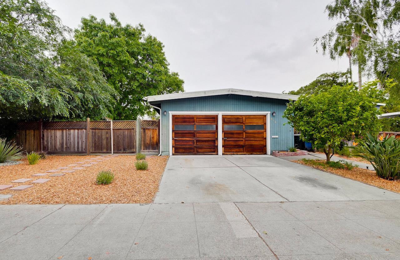 671 E Meadow Drive, PALO ALTO, CA 94306