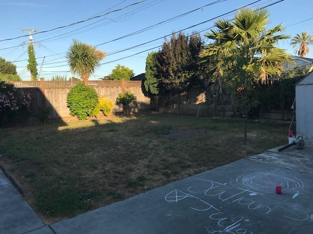 Additional photo for property listing at 1832 Byron Avenue  San Mateo, California 94401 United States