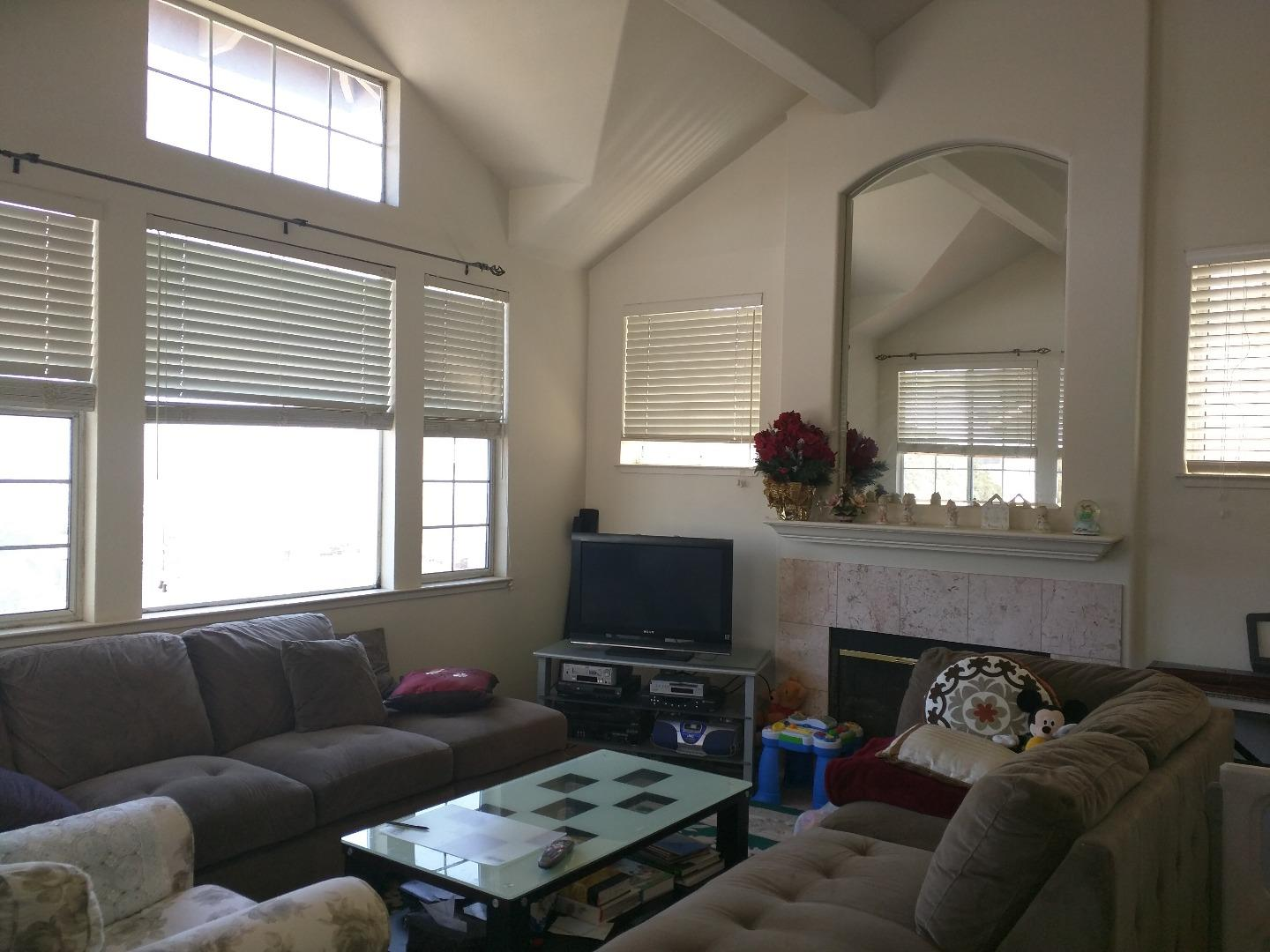 Additional photo for property listing at 7 Sunrise Court  South San Francisco, California 94080 United States