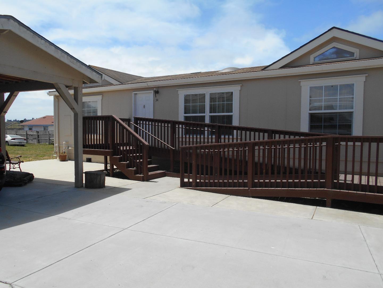 واحد منزل الأسرة للـ Sale في 34 Lewis Road 34 Lewis Road Royal Oaks, California 95076 United States