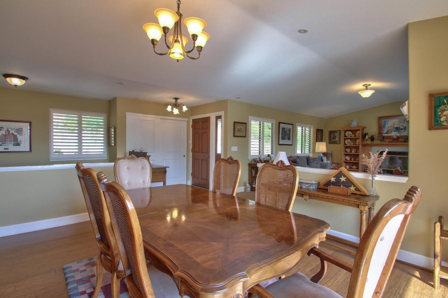 Additional photo for property listing at 104 Robley Road  Salinas, California 93908 United States