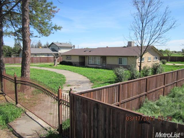 Single Family Home for Sale at 2044 W State Highway 140 Merced, California 95341 United States
