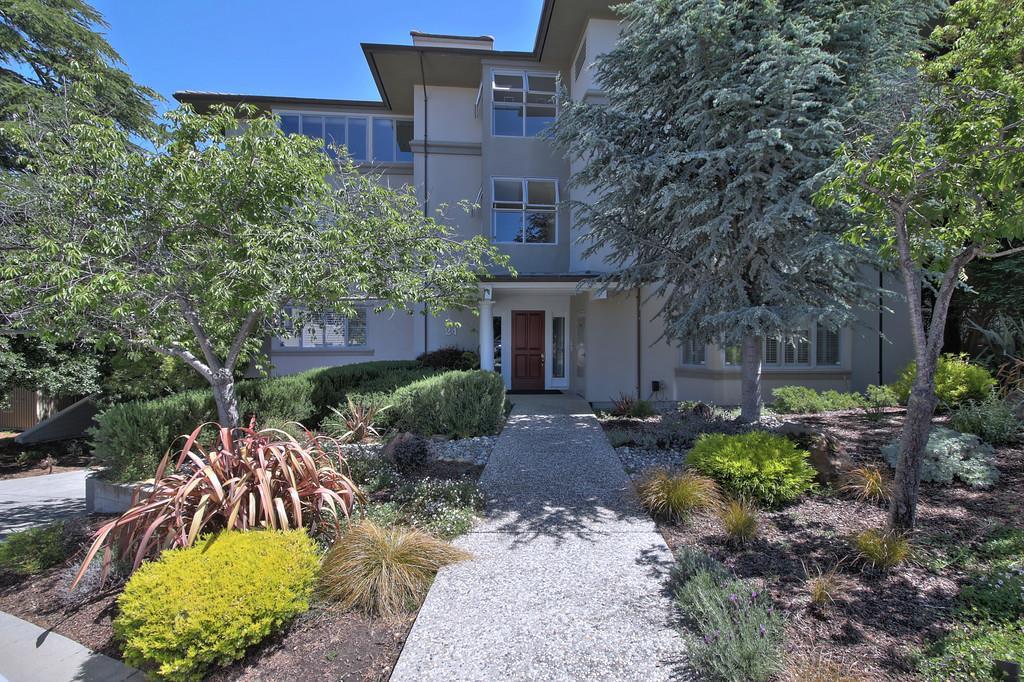 共管物業 為 出售 在 24 Mounds Road San Mateo, 加利福尼亞州 94402 美國