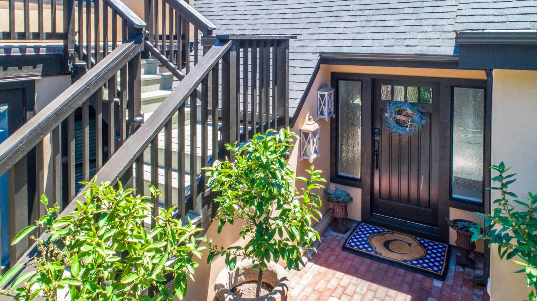 Многосемейный дом для того Продажа на 24700 Camino Del Monte Carmel, Калифорния 93923 Соединенные Штаты