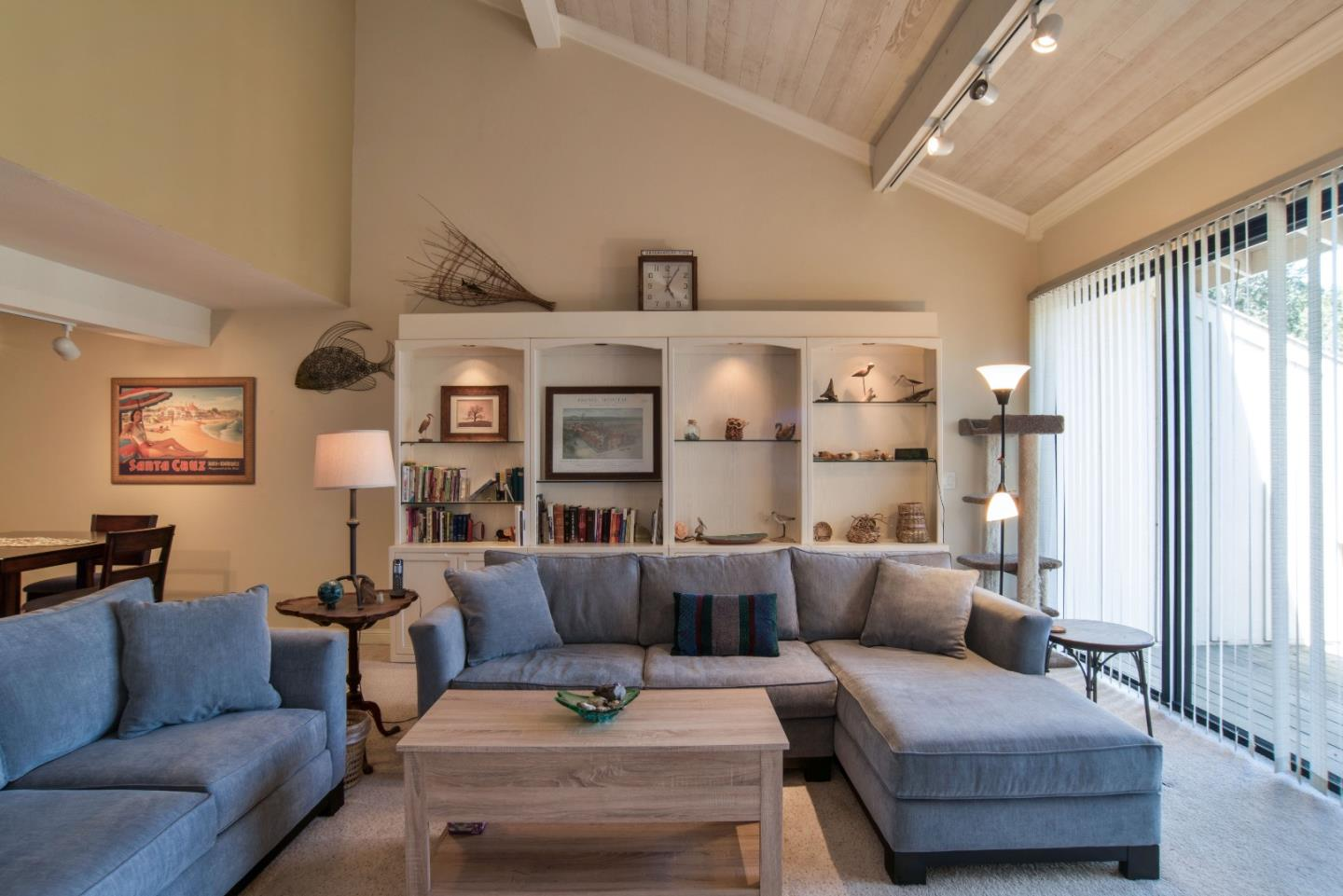 Additional photo for property listing at 28002 Oakshire Drive  Carmel Valley, Californie 93923 États-Unis