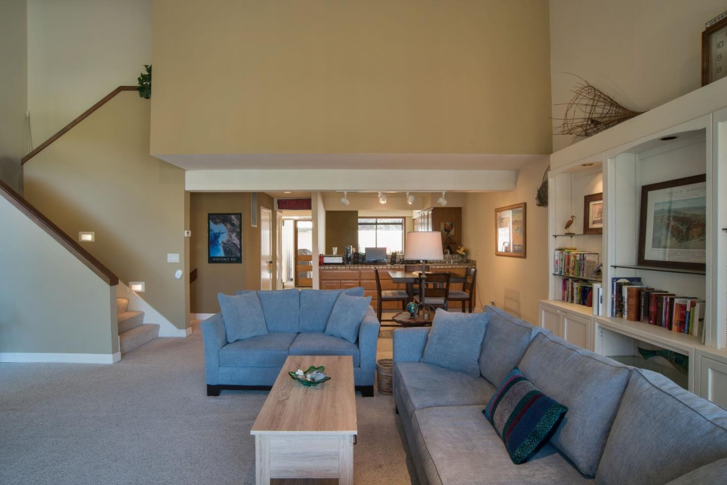Additional photo for property listing at 28002 Oakshire Drive  Carmel Valley, Калифорния 93923 Соединенные Штаты