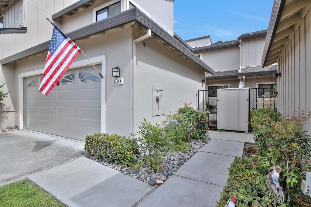 Additional photo for property listing at 150 Joes Lane  Hollister, California 95023 United States