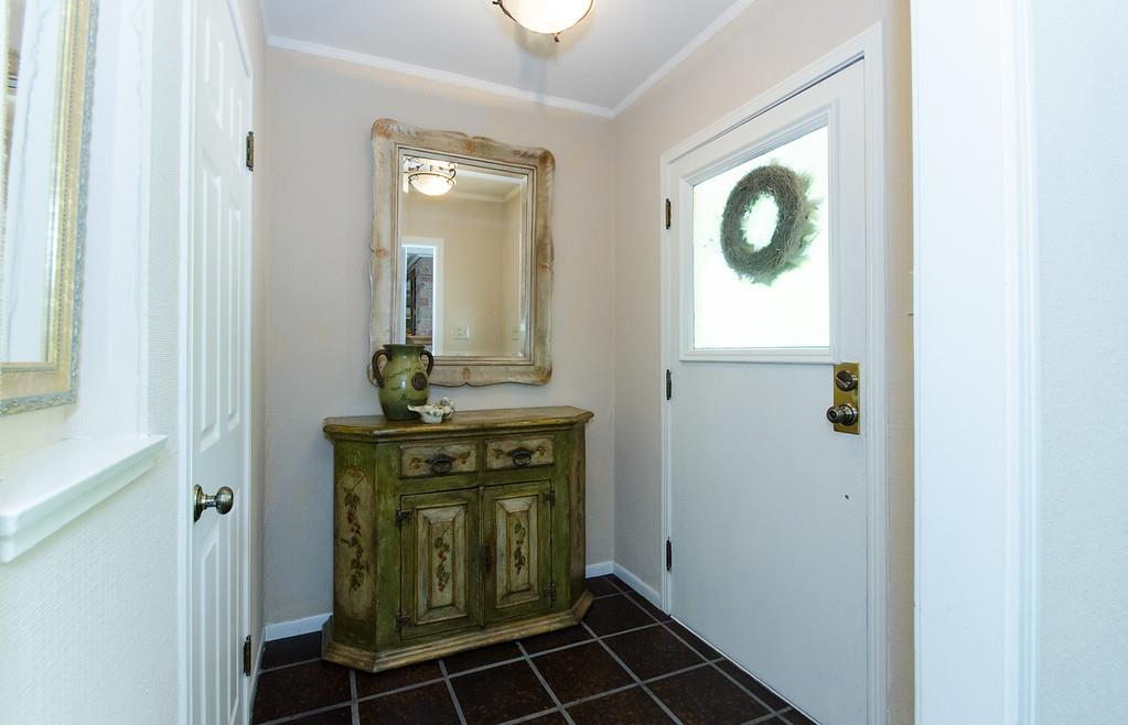 Additional photo for property listing at 1819 Cordilleras Road  Redwood City, Калифорния 94062 Соединенные Штаты