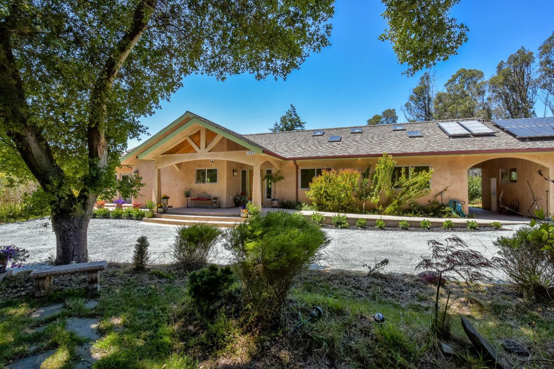 Casa Unifamiliar por un Venta en 1120 Trabing Road Watsonville, California 95076 Estados Unidos