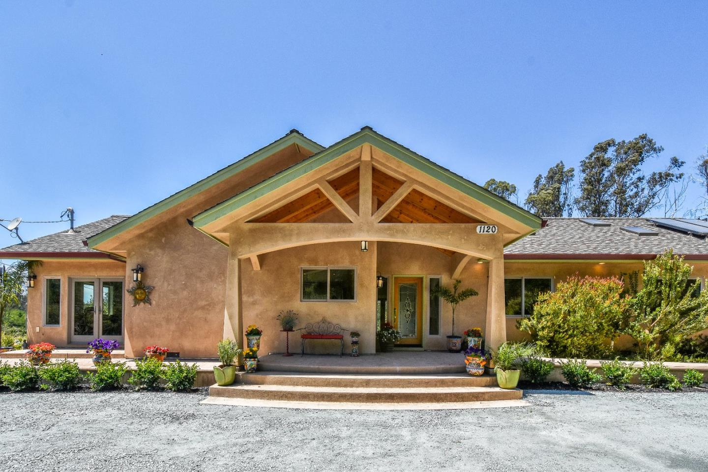 Additional photo for property listing at 1120 Trabing Road  Watsonville, 加利福尼亞州 95076 美國