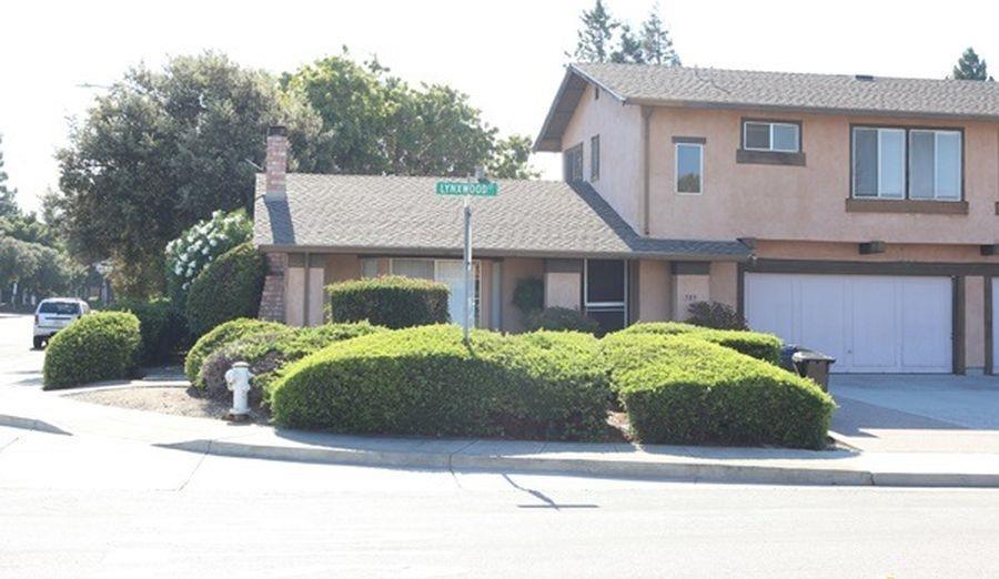 Casa Multifamiliar por un Venta en 589 Lynxwood Court Sunnyvale, California 94086 Estados Unidos