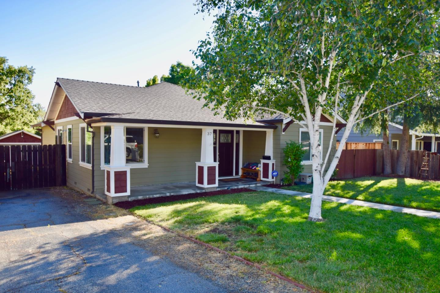Additional photo for property listing at 37 Mountain View Avenue  San Jose, Kalifornien 95127 Vereinigte Staaten