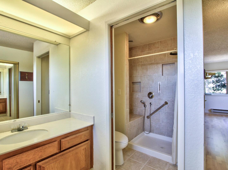 Additional photo for property listing at 18830 Tiburcio Court  Salinas, California 93908 United States