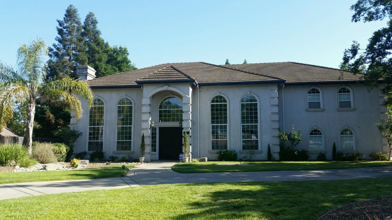 Частный односемейный дом для того Продажа на 9357 Porto Rosa Drive Elk Grove, Калифорния 95624 Соединенные Штаты