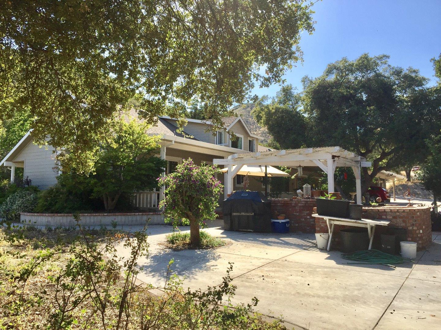 Single Family Home for Sale at 44103 Via Canada King City, California 93930 United States