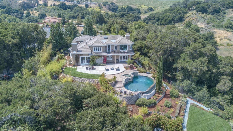 Частный односемейный дом для того Продажа на 22665 Garrod Road Saratoga, Калифорния 95070 Соединенные Штаты