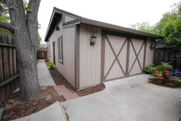 Additional photo for property listing at 15340 Union Avenue  San Jose, California 95124 United States