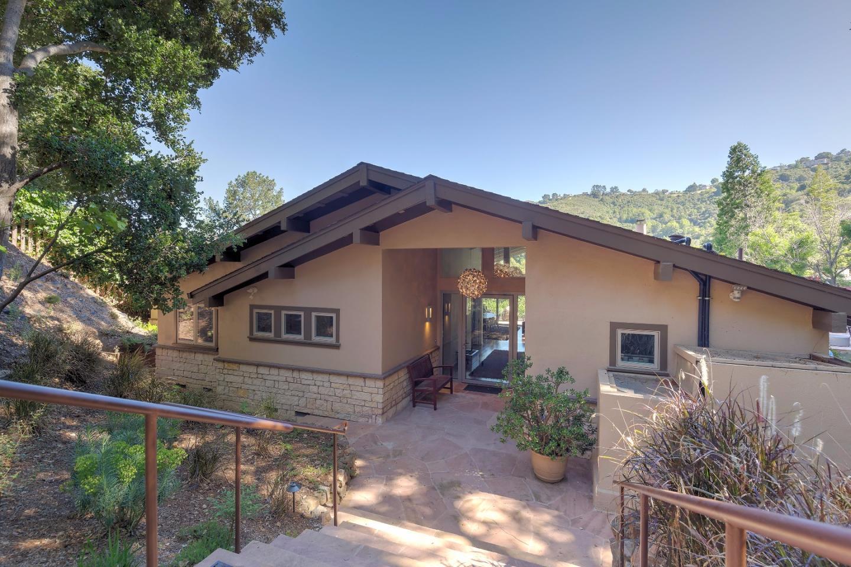 Частный односемейный дом для того Продажа на 135 Lynton Avenue San Carlos, Калифорния 94070 Соединенные Штаты