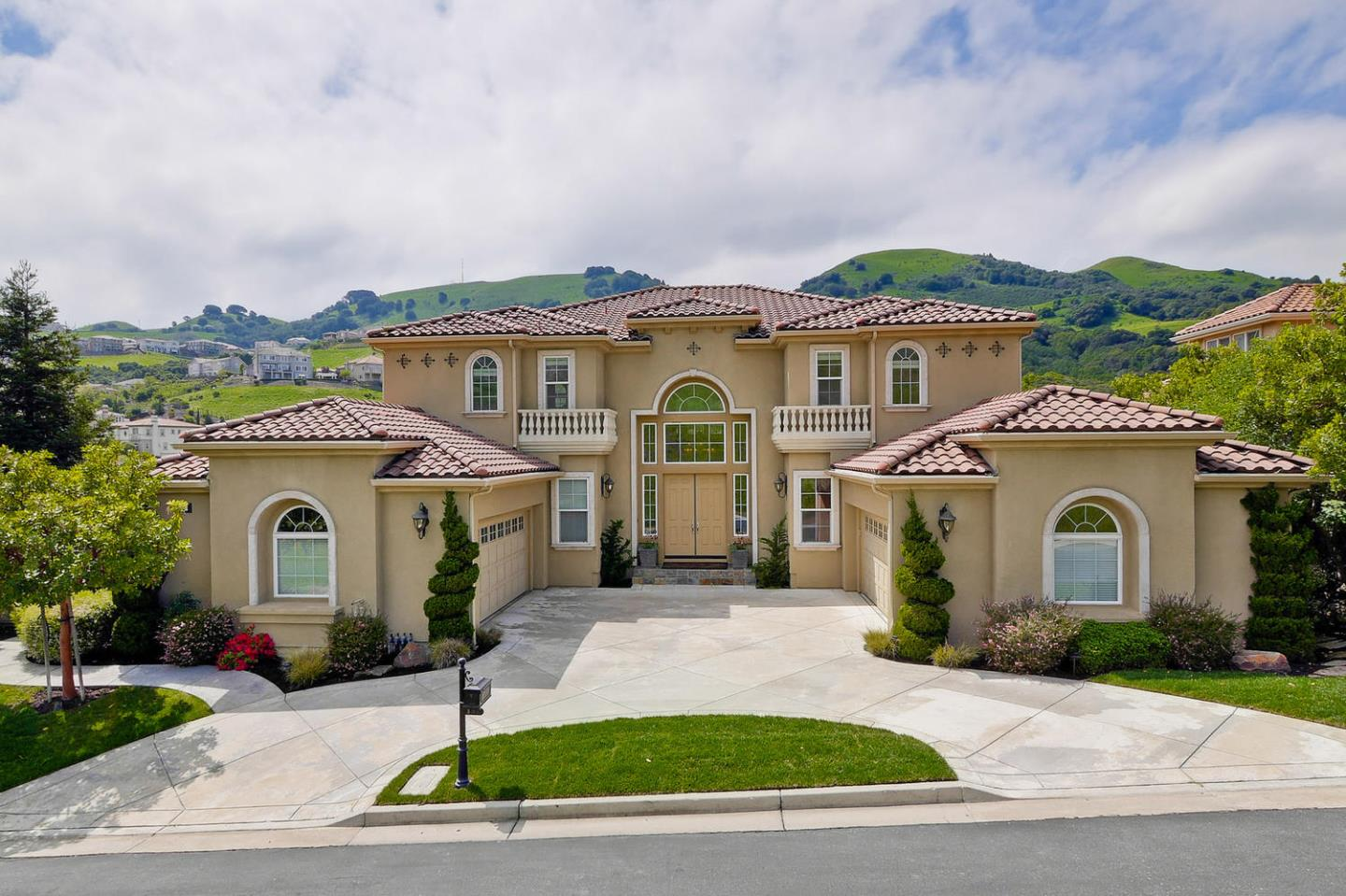 301 Whitcliff Court, SAN RAMON, CA 94583