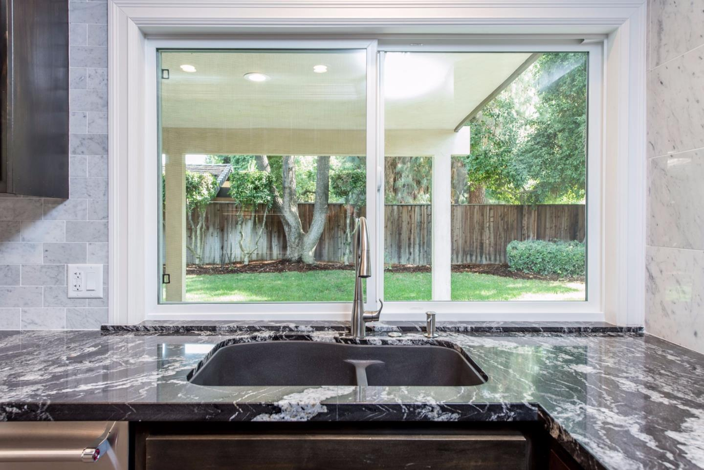 Additional photo for property listing at 7404 N Lead Avenue  Fresno, California 93711 United States