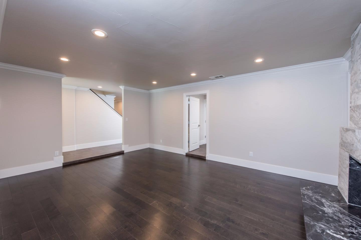 Additional photo for property listing at 7404 N Lead Avenue 7404 N Lead Avenue Fresno, Kalifornien 93711 Vereinigte Staaten
