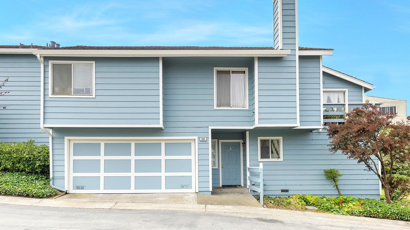 Additional photo for property listing at 304 Michelle Lane  Daly City, California 94015 United States
