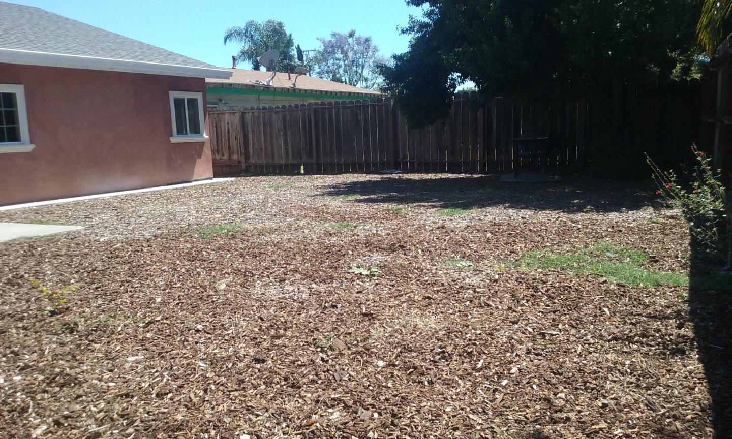 Additional photo for property listing at 14191 Woodhaven Drive  San Jose, Californie 95127 États-Unis