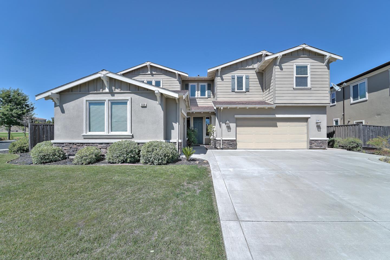 Maison unifamiliale pour l Vente à 558 Lansing Circle Benicia, Californie 94510 États-Unis